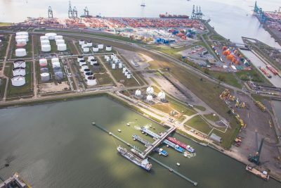 luchtfoto terminal dok haven van Antwerpen Berendrecht & Zandvliet