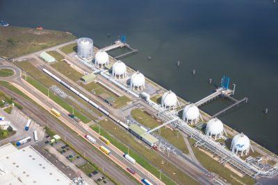 chemie Antwerpse haven luchtfoto