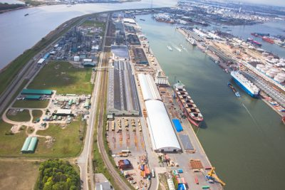 luchtfoto magazijnen haven van antwerpen