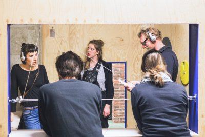 interactie jongeren stormopkomst 2016